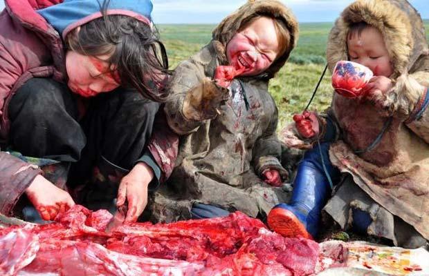Mongolian kids eating healthy paleo diet