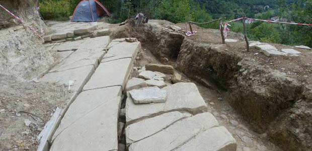 pyramids-material in Bosnia